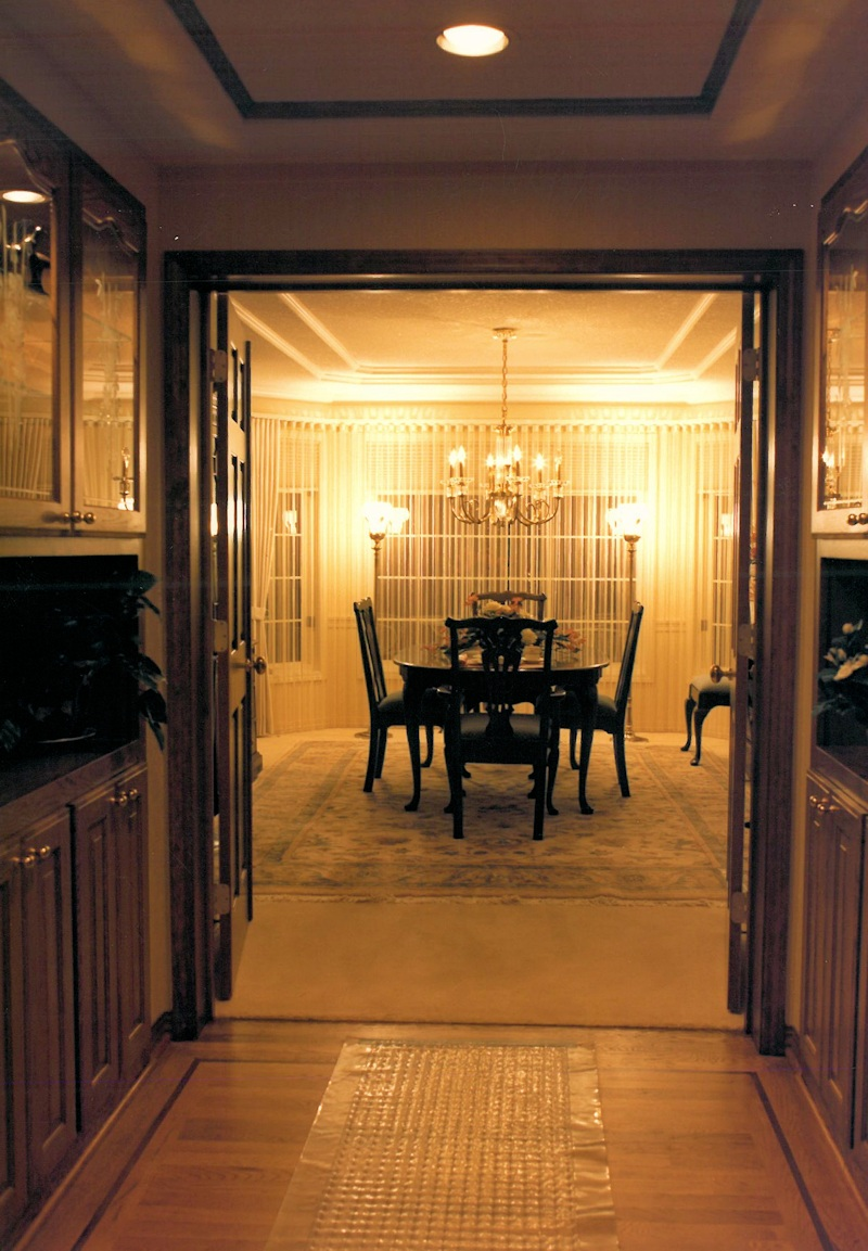 1986 empress entrance to dining room street of dreams for Dining room entrance
