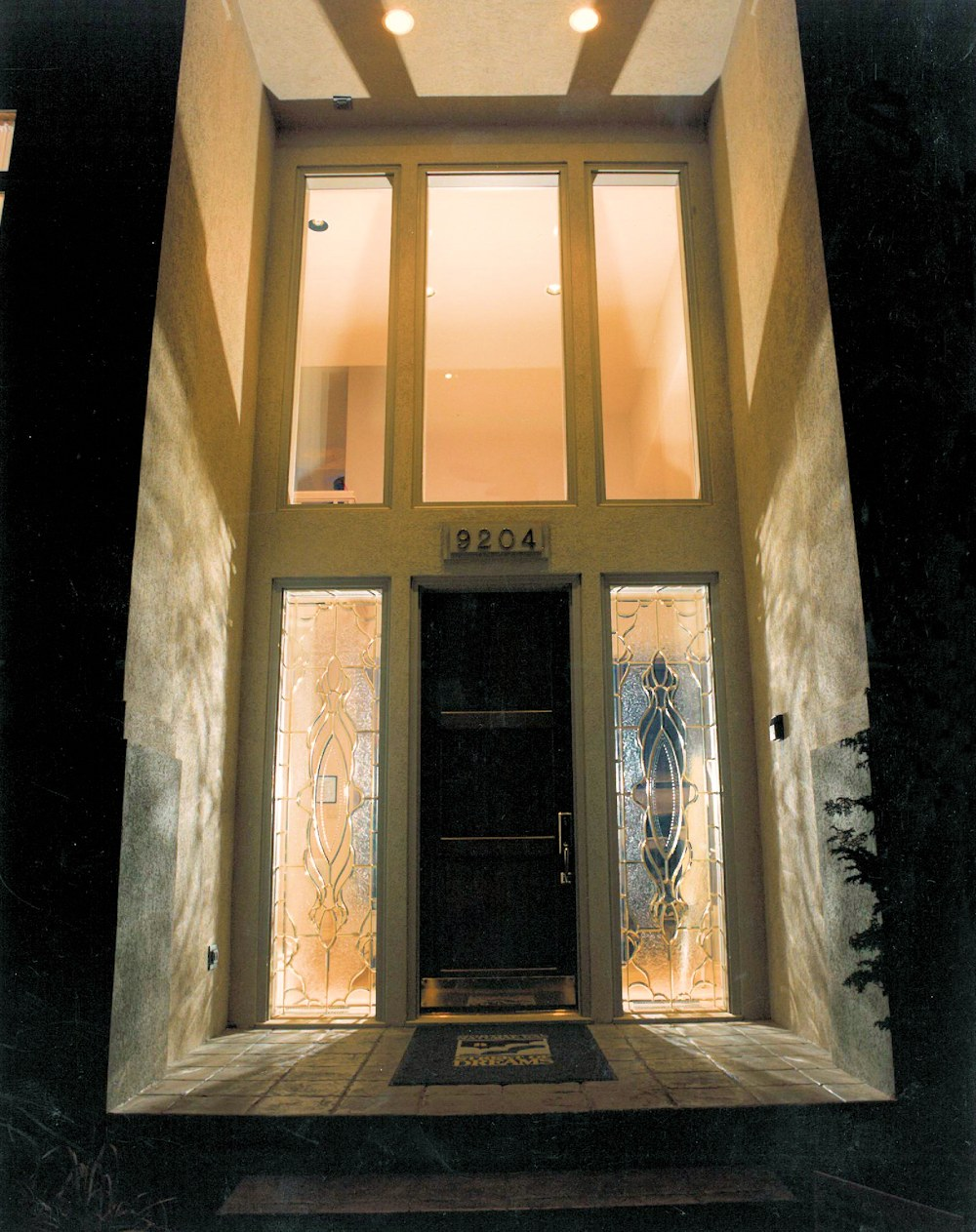 Oregon Sunset 1996 - front entryway - Bernard Custom Homes - street of dreams.