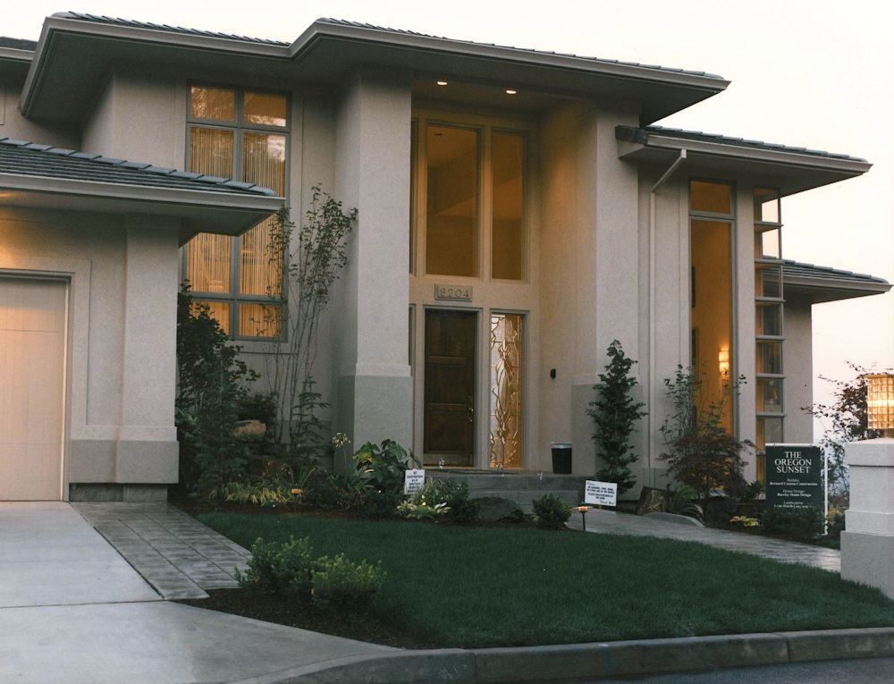 Oregon Sunset 1996 - front walk - Bernard Custom Homes - street of dreams.